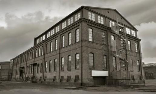 abandoned-factory-e1418912222381-515x312.jpg